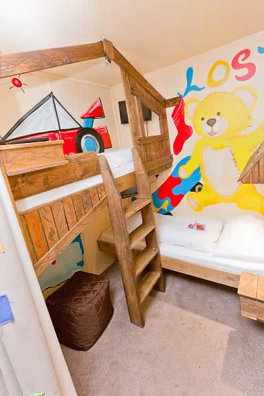 The bunk beds in the Gully and Gilly Suite