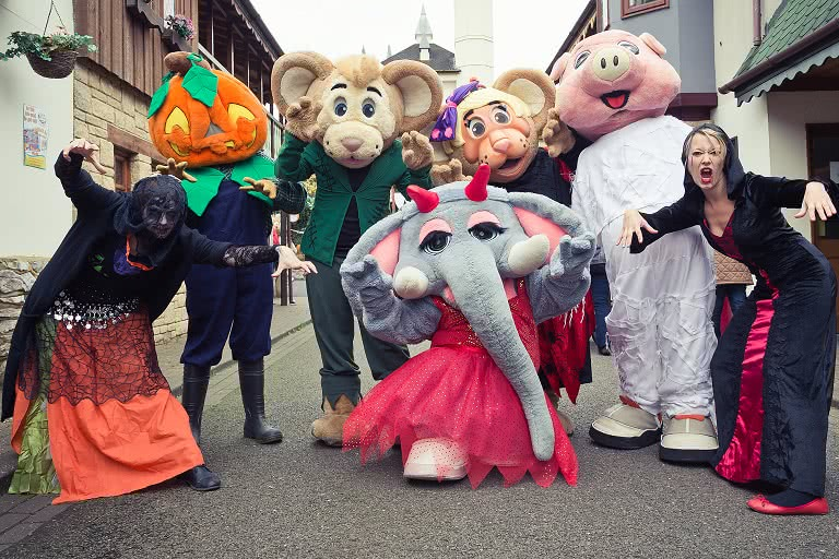 Gulliver's characters dressed in Halloween costumes